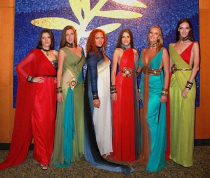На Канському фестивалі перодемонстровано модну колекцію, присвячену 200-річчю перемоги у війні 1812 року