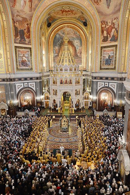 Предстоятель Руської Церкви очолив загальномосковські урочистості на честь 200-річчя перемоги у Вітчизняній війні 1812 року