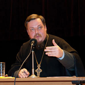 Голова Відділу Московського Патріархату по взаємовідносинах Церкви і суспільства протоієрей Всеволод Чаплін