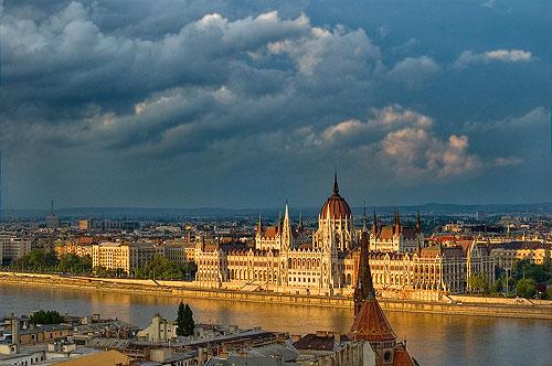 Будапешт - столиця Угорщини. Панорама міста