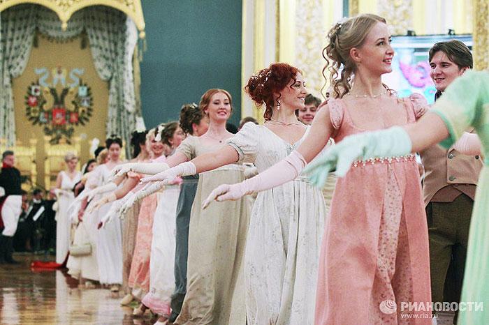 """Урочистий бал """"1812 рік"""" у Великому Кремлівському палаці"""