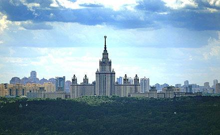 У Москві на честь 200-річчя перемоги у Вітчизняній війні 1812 року висадять Бородінську алею