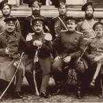 Офіцери та рядові Лейб-гвардії Козачого полку (фото початку XX ст.)